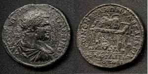 """(№ ……) 13.1.  КАРАКАЛА  (198-217г. сл.Хр.)  АЕ 30/32 - медальон;   21,4гр. А.  АVТ….П..…АΝТΩΝΕΙΝОС  (бюст на императора надясно с лъчиста корона, наметало и броня) R.  КОІΝОΝ ΘРАКΩΝ АΛΕΞΑΝΔΡΙΑ,  в отреза на два реда: ФІΛІП / ПОПОΛІ (Маса с голяма урна отгоре, в урната – две палми, под масата – ваза с две клонки в нея и пет топки)  Забележка: Вж. Иван Върбанов """"Гръцки императорски монети"""", Изд. """"Адиком"""", Бургас 2002г., т.ІІІ, кат № 1304"""